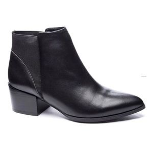 Chinese laundry Finn ankle boots bnwot